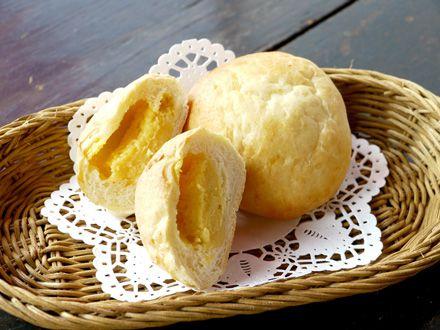 手作りカスタードとクリームチーズのパン_s