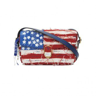 5_AMERICAN FLAG DISTRESSED DENIM_250,000 r1