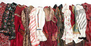 Vintage tribal costumes_PASS THE BATON_main_small のコピー