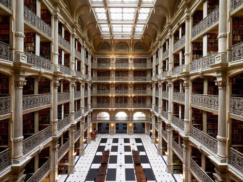 The-Most-Gorgeous-Libraries-In-The-World-george-peabody-library-USA-Pixabay
