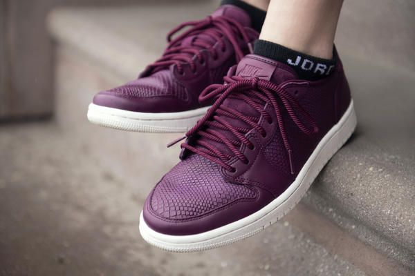 01C_WMNS_AJ1_NS-0145_HFR1_native_600